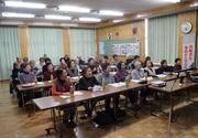 認知症サポーター養成講座を受ける町民の方々の写真